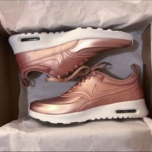 Nike Rose Gold Amir Max. Limited Edition